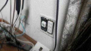 安直にアンテナ端子の交換を実施